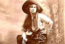 CoWGirLs & COwBoYS / The Cowgirl(boy) Way