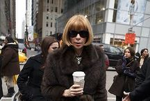 Anna Wintour with Starbucks