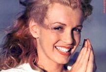 mAriLyN iS sO pReTtY / So many lovely photograghs of Marilyn Monroe. / by Kathy Kotinek Stern