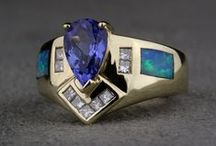 Colored Gemstone Jewelry / Buying and selling pre-owned colored gemstone jewelry