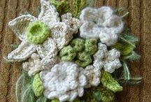 Crochet flowers Leaves bows & hearts / by Gillie Rhodes