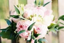 Bukiety: peonie i roze