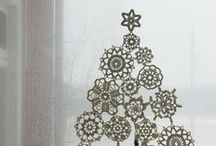 Crochet snowflakes..stars & other Christmas things / by Gillie Rhodes