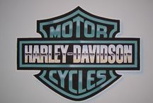 Harley Davidson / It's not my bike, it's my boyfriend's... / by Lucy Diamond