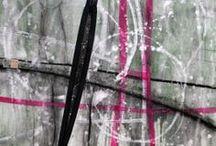 Choses à acheter / Le rendez-vous des parapluies :: Huile sur toile :: 102x102 cm © Maria Tremblay