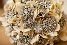 Vintage Glamour Wedding Ideas / Channel the timeless elegance and glamour of the 20's and 30's with a modern twist