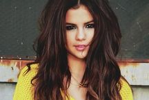 Singers: Selena Gomez / by CaballeroRandom