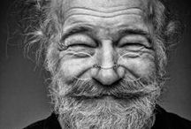 W R I N K L E D & O L D / Wrinkled / Old / Gerimpeld / Oud