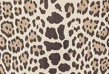 :: Animal :: / Animal print  Zebra  Cheetah  Leopard  Cushions  Furniture  Upholstery  Faux fur Animal heads  Taxidermy  Animal skin  Animal fur Carpet  Throws  Art  Prints  Interior design
