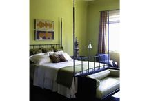 Great greens / Rich green tone interiors