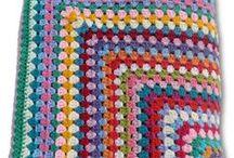 Gehaakte dekens / Unieke dekens gemaakt van brei- en haakgaren.