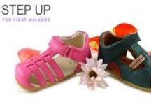 step up for first walkers / First time walkers have a unique foot shape, which is reflected in our Bobux USA step up range. They are as flexible as a shoe can get for enabling unrestricted development.