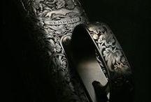 Art of engraving / Gun & knife engraving, shotgun, rifles, J. Purdey & Sons, Steyr Mannlicher, custom knives, wildboar, stag, gold inlay, bulino, sidelock, animal.