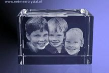 1 enkele foto 3D in kristal glas / Van 1 enkele foto maken wij een realistische 3D portet in kristal helder glas.