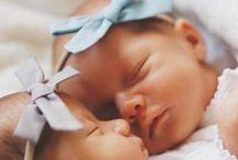 newbornshoot ♥ studiokuuk / Een fotoshoot van je pasgeboren kindje is bijzonder voor nu en later. Bekijk hier de mooiste newbornfoto's!