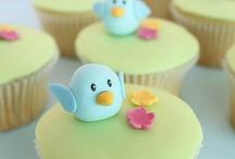 Cupcakes & Buns! / Cupcakes and buns!