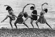 Dancing bodies