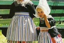 traditional costumes / national costumes