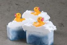 SOAPS / Excellent tricks and tutorials where you can learn step by step making handmade soaps