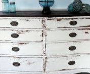 MMSMP - Grays Whites Black - Miss Mustard Seed Milk Paint / Browse all of the awesome white milk paint colors from Miss Mustard Seed Milk Paint here!   Catch some of these goodies right here at   http://www.nora-gray.com/collections/paint
