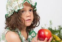Moda infantil / Ropa y complementos de diseño exclusivo y confección artesanal para niños y niñas.