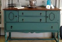 MMSMP - Blues - Miss Mustard Seed Milk Paint / Browse the fun shades of Blue available from Miss Mustard Seed Milk Paint. Look no further, Nora Gray Boutique is a certified retailer for Miss Mustard Seed Milk Paint! Find our products online at: http://www.nora-gray.com/collections/paint