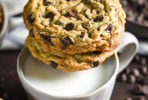 cookies / Cookies and cookie recipes.