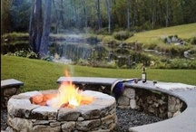 Creative Outdoors Plans / The size of your yard doesn't matters at all, your outdoor living spaces will work better with some interesting and innovative ideas to make your outdoor more relaxing.