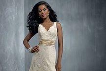 Svatební šaty / Ty nejkrásnější svatební šaty
