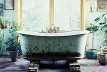 Bath of Distinction + DIY