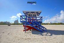 Rescue tower Miami beach / 50x70 print Canvas