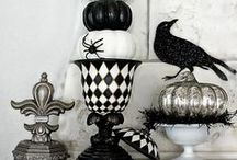 Halloween | Fall Planters / Here are a few decorative ideas using Arizona #Pottery ceramic & glazed #garden pottery & much more.  Decorate for Fall & #Halloween with these fantastic looks!