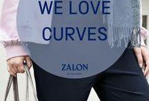 Zalon ♥ Curves / Der Wohlfühlfaktor in Modefragen für Frauen mit großen Größen steigt, wenn sie ihre Vorzüge in Szene setzen. Von Zalon gibt es Stilberatung maßgeschneidert und spezielle Tipps für jede Figur. Unsere Stilexperten kennen individuelle Ansprüche genau und finden die Schokoladenseite, die es zu betonen gilt.