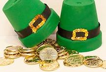 St. Patricks Day Crafts / Do you feel lucky? Making these fun crafts out of clay flowerpots is easy to do.