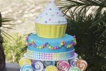 Cakes n stuff / by Elizabeth Carmo Azevedo