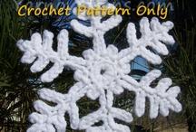 Crochet Snowflakes / (crochet pattern)