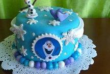 Cakes / by Yuly Arana