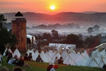 Somerset / Over The Moon Events is based in Somerset. These pins show off this beautiful idiosyncratic Somerset landscape as well as some of its customs and inhabitants.
