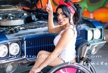 Wheelchair Fashion / Are you a fashionista? Check out these fashion tips for clothes that work well with your wheelchair, plus wheelchair models!