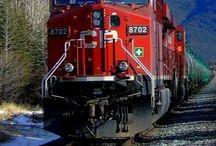 Trenes del mundo en toda época. / Los trenes nos llevan mágicamente a cualquier aventura de nuestra vida!