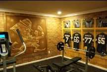Notre Dame Football Locker Room Mural by Tom Taylor of Wow Effects, completed in March 2013 / Notre Dame Football Locker Room Mural by Tom Taylor of Wow Effects, hand-painted in a home gym in Aldie, Virginia. Completed in March 2013.