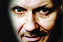TRUE CRIME  BOOKS / Non-fiction crime books