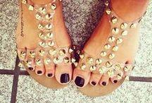 Shoesssss:) / by Alexandra Kronenberg