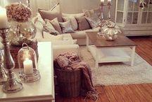 Living Room / Decor