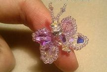 Anello Farfalla / Butterfly rings: made with Swarovski crystals, Boemia crystals and Miyuki beads