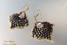 Orecchini con superduo, twin e cristalli  / Collezione di orecchini realizzati con perline superduo e cristalli. Earrings collection made with superduo, twin beads and crystals.