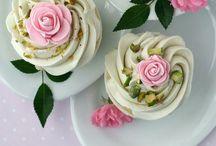 Cupcakes & Muffins / Yummy