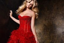 Woman in Red / Wow