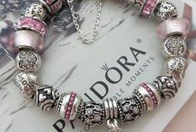 Pandora / Pandora