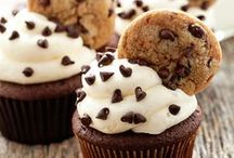 Food Stuffs - Satisfy Your Sweet Tooth / Desserts and sweet treats / by Meredith (Burall) Miller